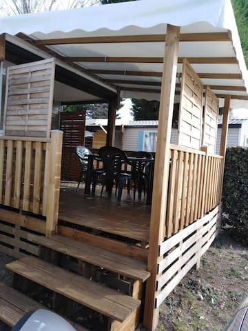 Mobil Home camping l'EUROPE 4* à Vic la Gardiole