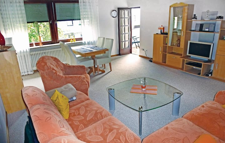 Stunning home in Bremerhaven with WiFi and 2 Bedrooms