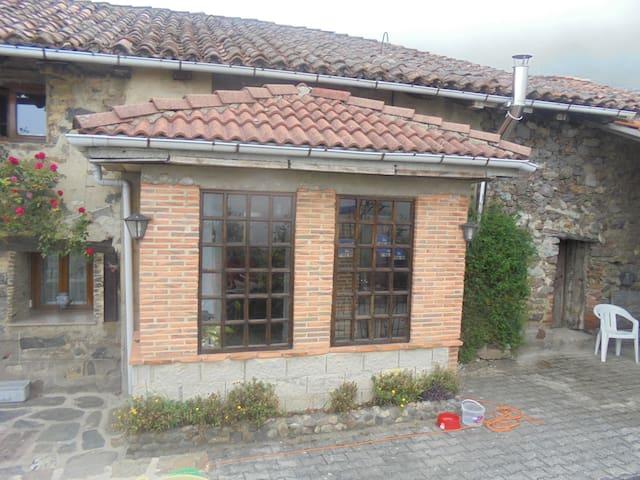 Chalet rural en Pajares - Oviedo - Casa