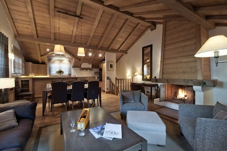 Charming duplex with fireplace in Courchevel 1850 - Saint-Bon-Tarentaise - Apartment
