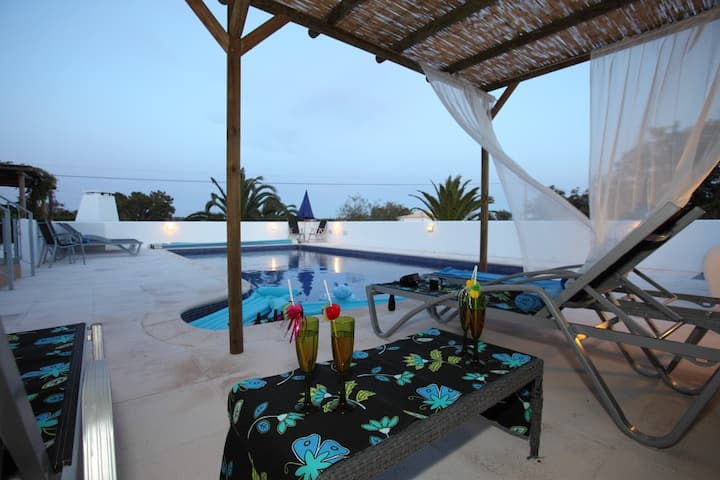 C LAST MINUTE OFFERS PRIVATE POOL GUIA ALGARVE