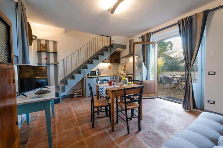 Appartamento con piscina vicino a Firenze