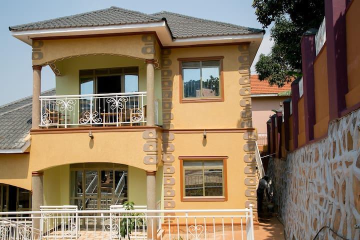 Kimuli Shared House
