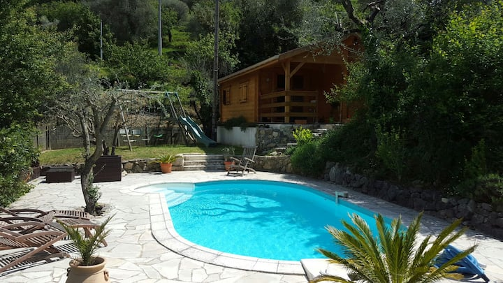 Villa Lou Ni Dou - Wooden Chalet with shared pool