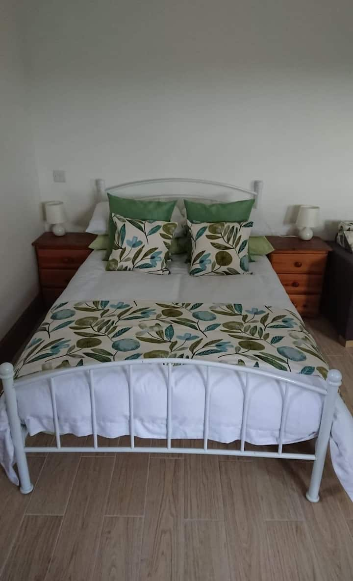 Rural stay within working farm, outstanding views.