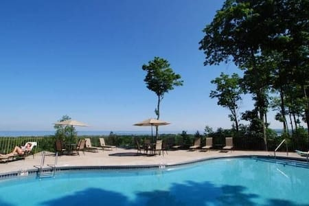 Family Friendly Resort 2 Bedrooms - Egg Harbor - Condominium
