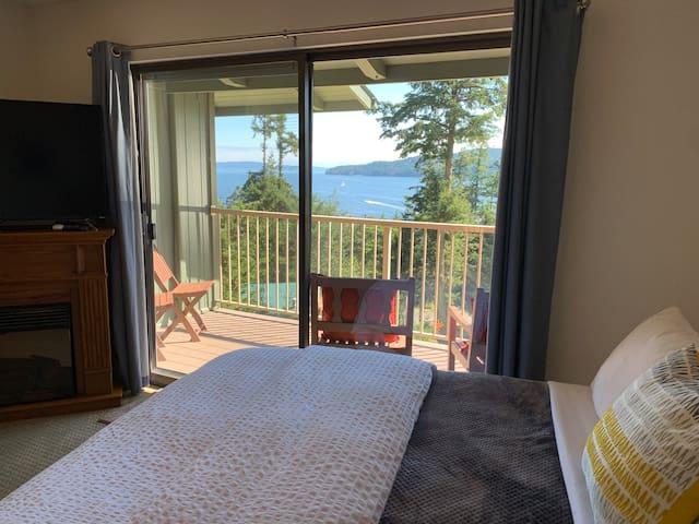 Rosario Condo - Views/Two Queen Beds