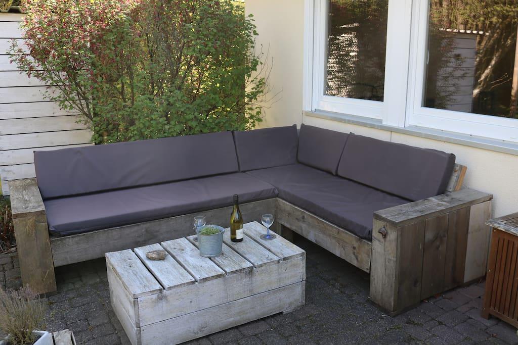Gemütliche Sitzecke mit Lounge