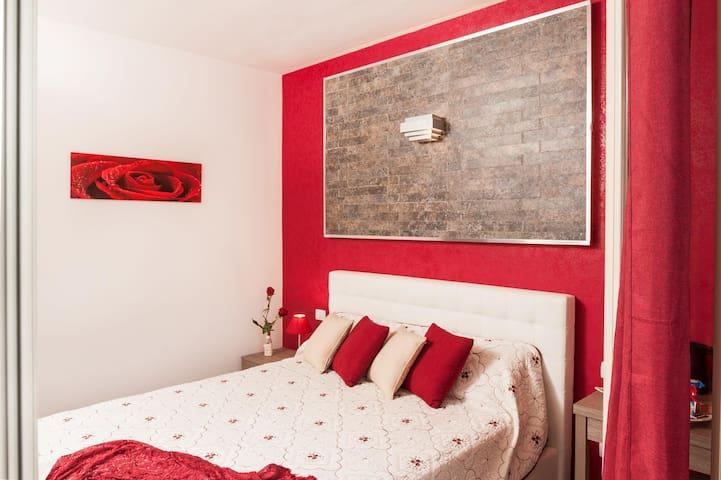 "Chambre double avec balcon privé ""Panarea"""