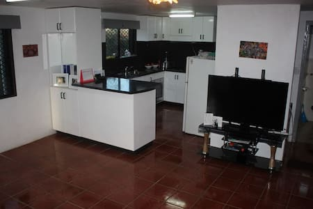 Air Con Apartment to yourself - Room with Ensuite - Nadi