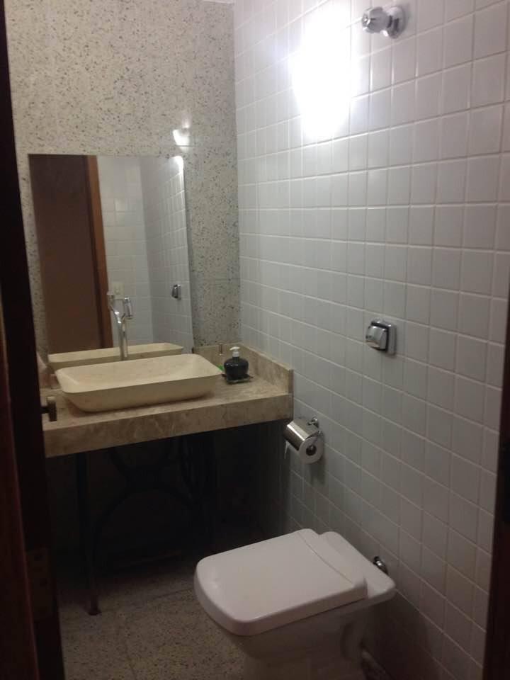 Suíte Dupla de  Solteiro com banheiro privativo