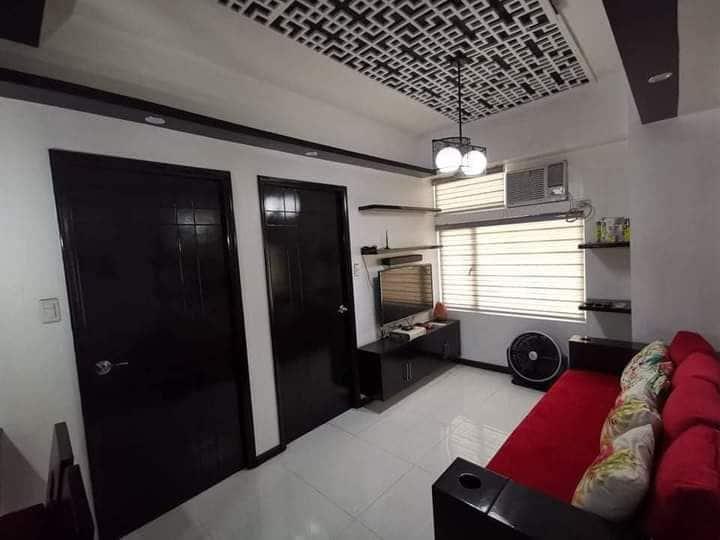Peninsula Garden Midtown Homes Condo in Manila