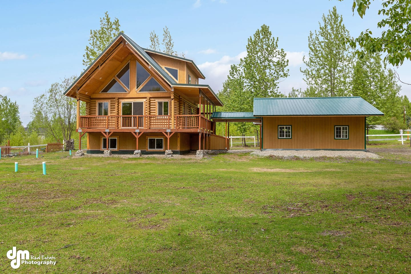 Rustic new log home on one acre in quiet neighborhood