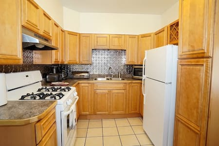 4 BDRM 2 bath, SUNY Fredonia, Luxury Suite - Apartment