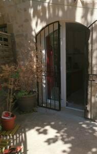 Chambre/cocon dans le sud - Meynes