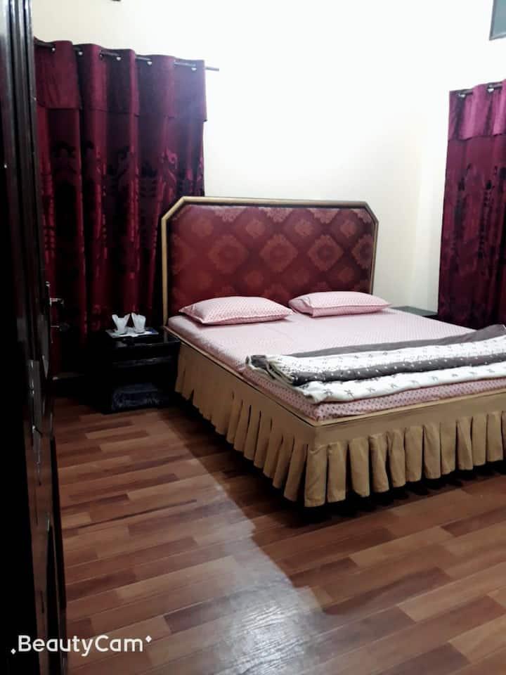 Unique Lodge Hotel Sialkot