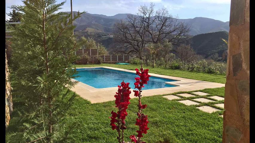 Epimenidis House Heated Pool - Nteres - Villa