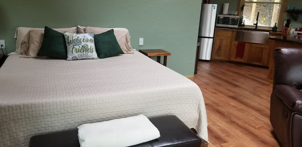 King size Purple Mattress 3 with bamboo sheets for a comfortable nights sleep.