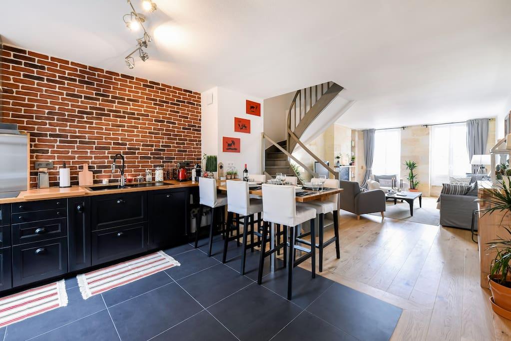 Beau duplex centre historique appartements louer for Duplex bordeaux