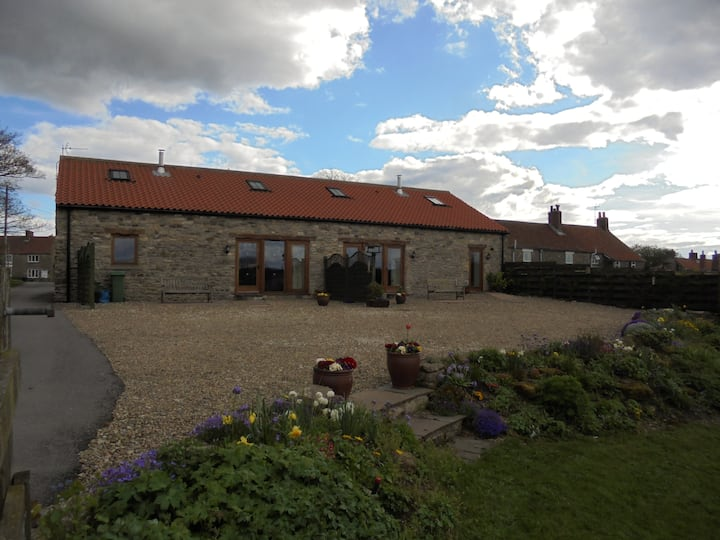 Horcum View - Homely converted barn