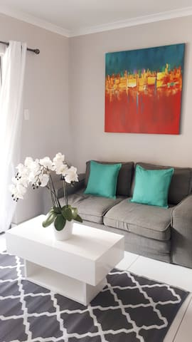 Tastefully decorated throughout, the apartment is new and modern and caters to families, friends and business travellers alike
