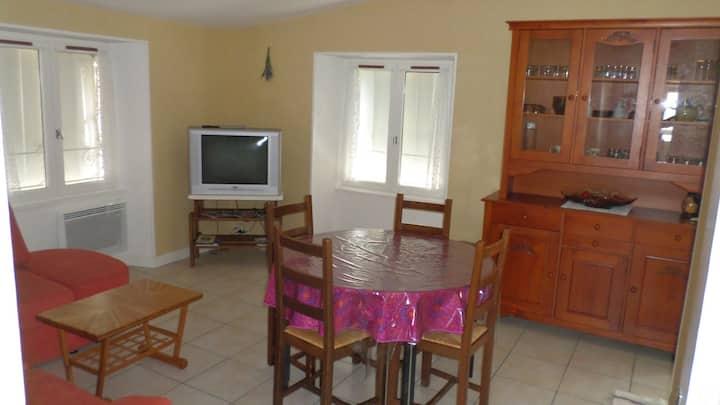 Appartement F3 pour 4 personnes en Aveyron