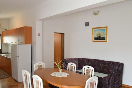 Apartments Ivić / A2 Two bedrooms - Jadrtovac
