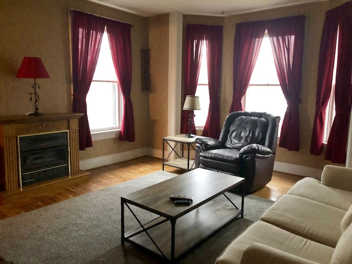 Beautiful Apt in The Finger Lakes Region- North