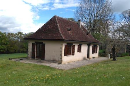 Petite maison de charme en Périgord - Badefols-d'Ans - Hus