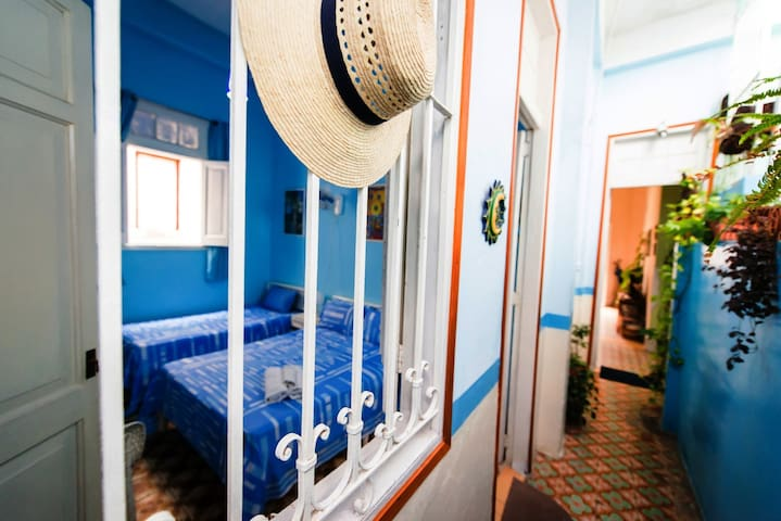 Habitación 2 con baño privado