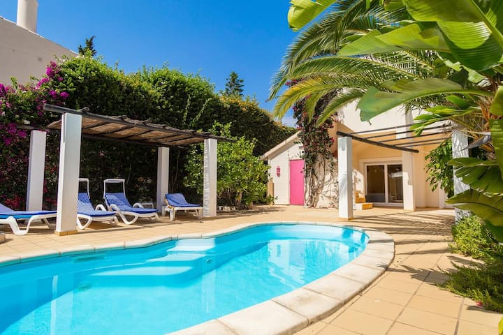 Casa Palm House | 3 bedroom townhouse with pool!