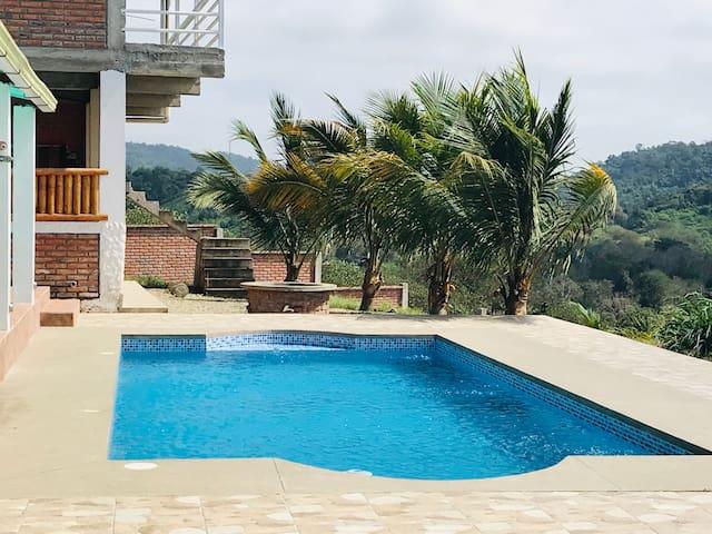 Poolside Mini-Suite in Private Quinta-MS2
