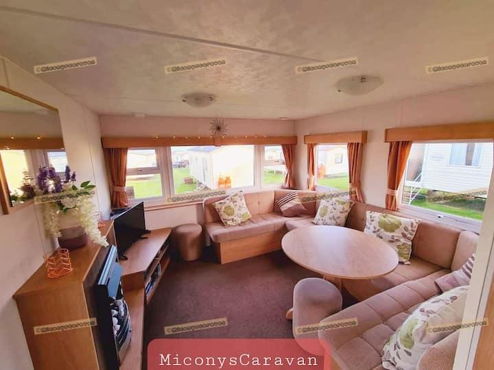 Micony's Caravan