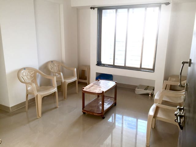 Cozy Airy well furnished 2BHK apartment