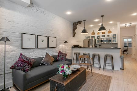 Exquisite Old City Charm | A+ Location | Sleeps 4