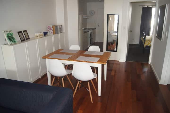 Adelaide City Edge Apartment - North Adelaide