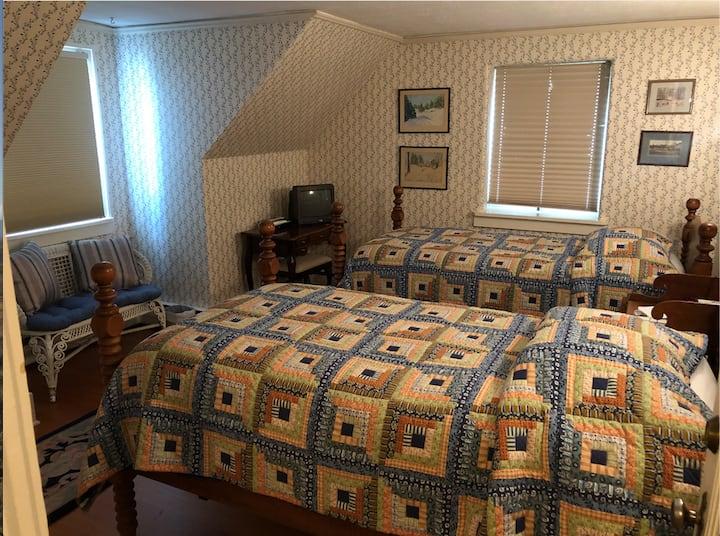 The Blue Room- cozy, sunny corner room