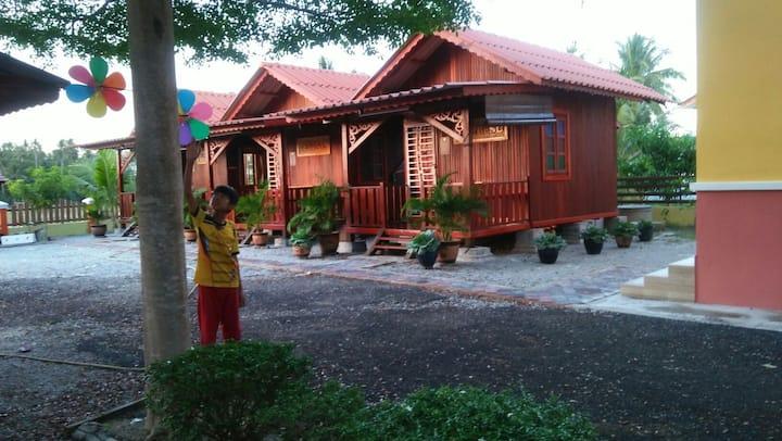 Challet Jembal Wakaf Kayu Kota Bharu