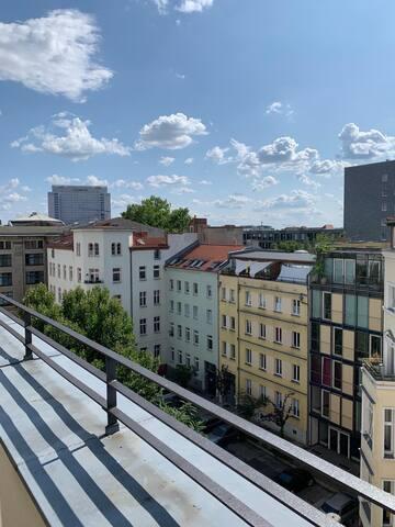 Sonnige Dachterassen-Wohnung in Berlin-Mitte