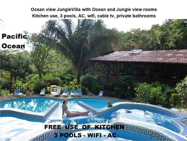 JungleVilla Rm2, Max.5p, Pool, Kitchen use, AC