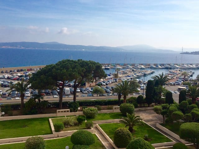 Very nice apartment view Port / Golfe Saint-Tropez