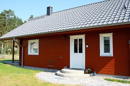 Ferienhaus Waldfuchs - Natur, Wald und Seen - Ev