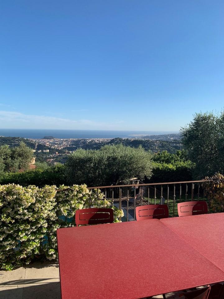 Magnifique maison Vue féerique mer proche De Nice
