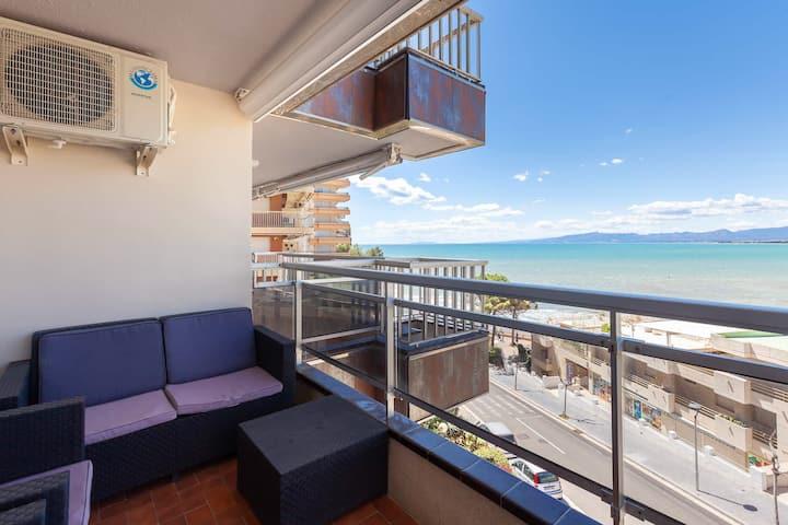 Apartamento primera linia mar ,  con vista al mar