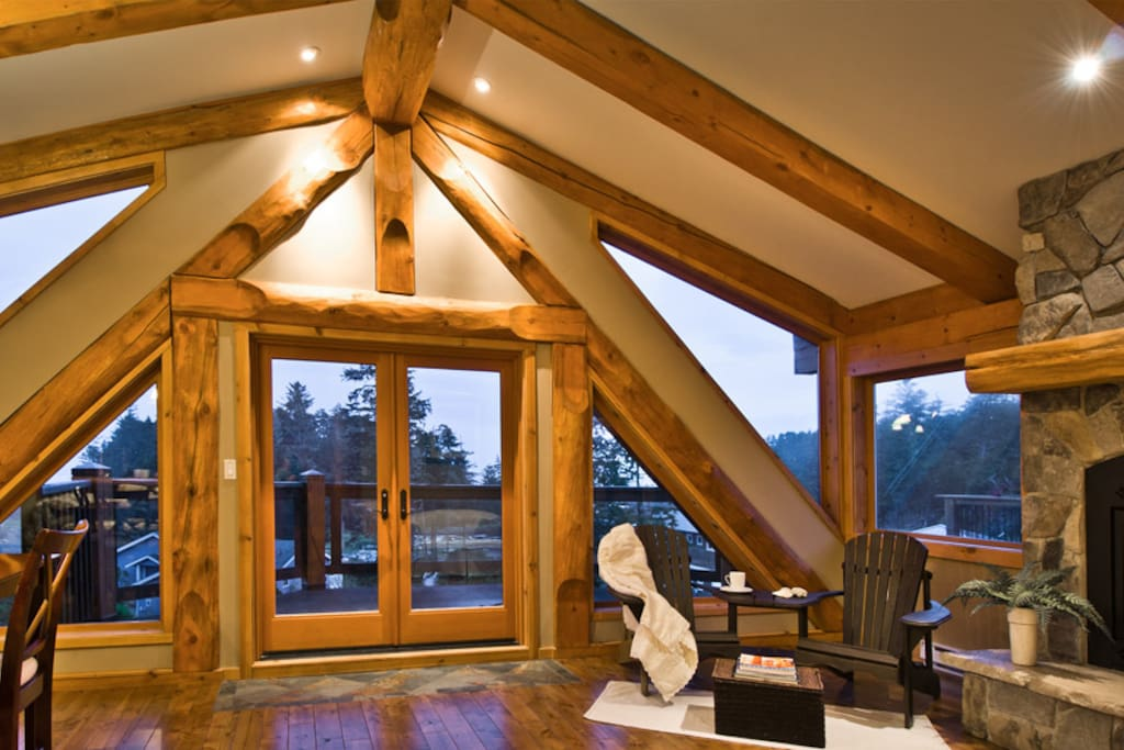 Lofted ceiling with spectacular views