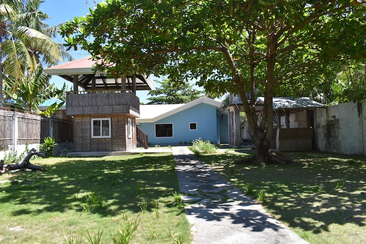 Malapascua Island, Rental House