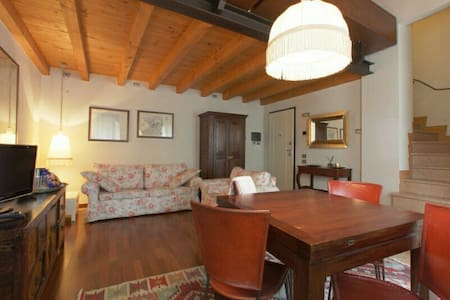 lovely open space in old town - Peschiera del Garda - Apartment - 2
