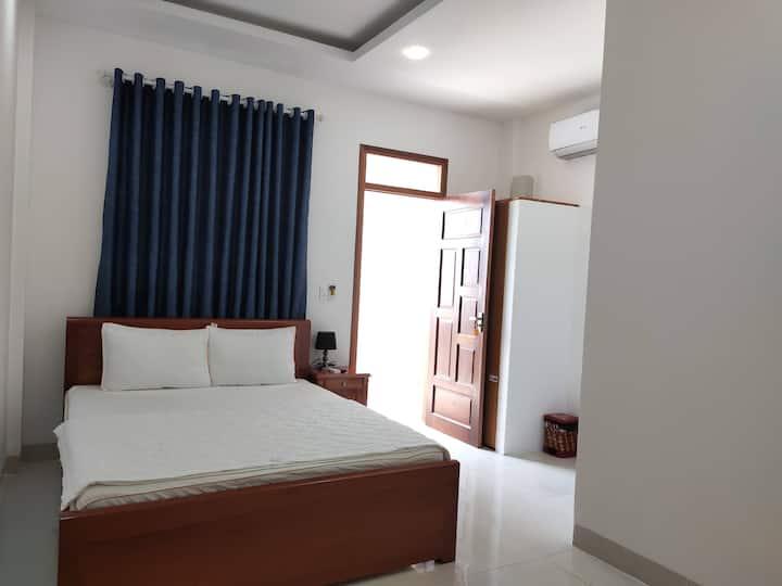 Khách Sạn Thục Quyên Cam Đức Cam Ranh Khánh Hòa