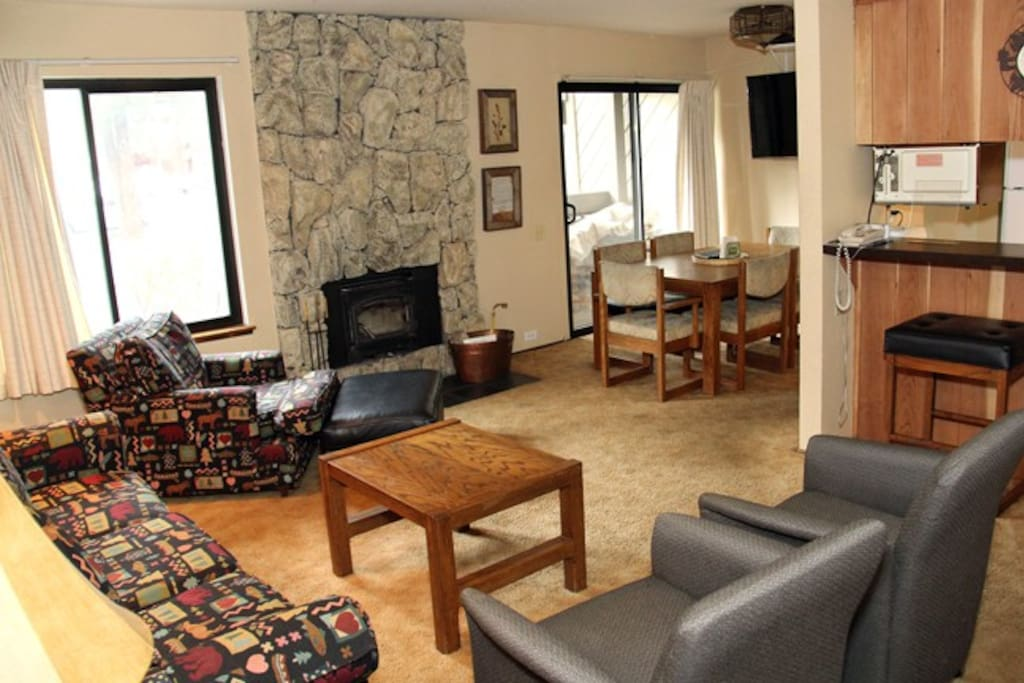 Mammoth Lakes Rental Horizons IV 161 Open Area Living Room Towards the Dining Room and Kitchen