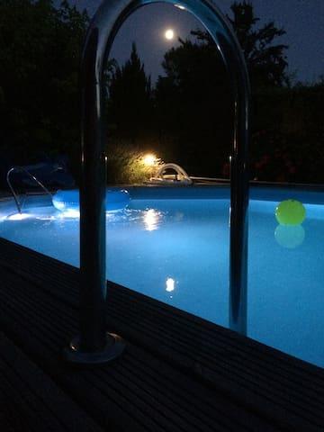 Belle Maison pierre avec piscine - Dieulivol - Dům